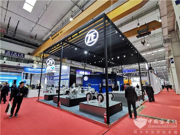 聚焦 2019北京公交装备展 采埃孚CeTrax CP中央电驱动系统中国首秀