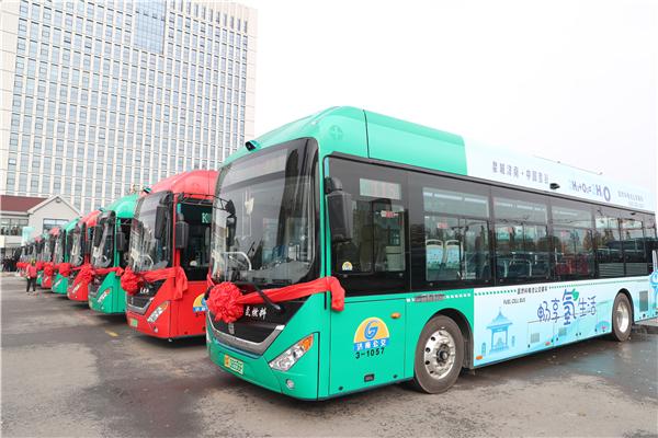 潍柴氢能产业再落子 40台中通氢燃料电池公交济南投运