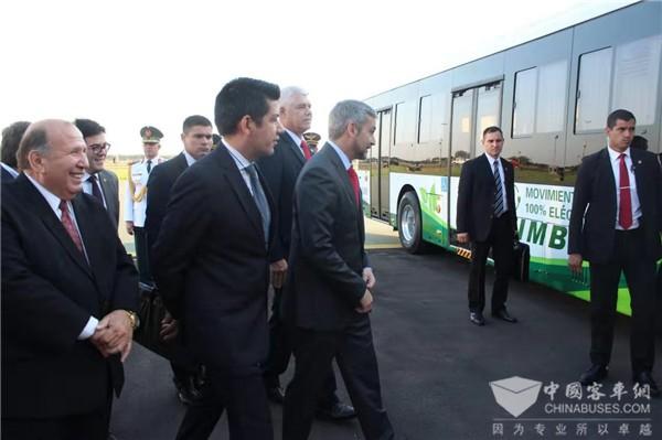 首批中通纯电动公交车服务巴拉圭