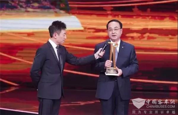 十二年销量增长65倍,这家客车企业擦亮中国榜样品牌