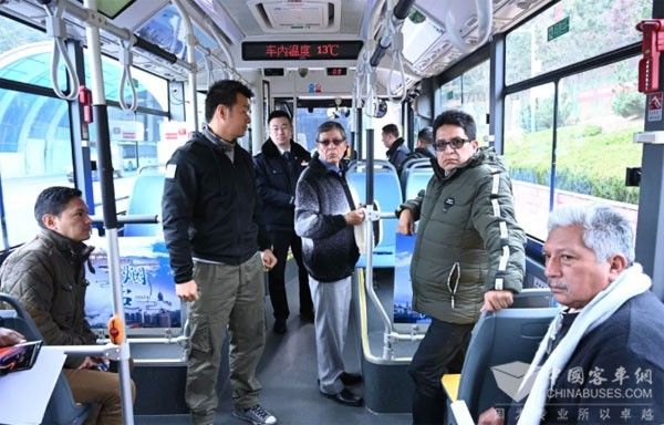 厄瓜多尔6家公交企业到烟台参观考察公交民生项目