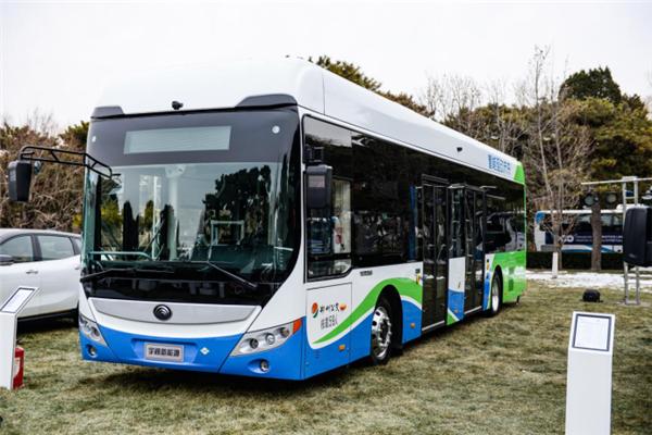 走在行业最前端!百人会论坛2020宇通氢燃料电池客车受瞩目