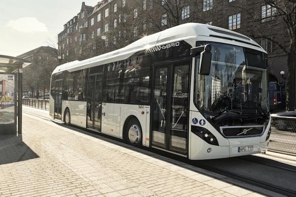 2020年开始新加坡将只购买电动客车和混合动力客车