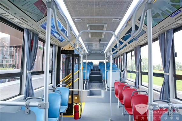 5A级健康座舱如何打造?吉利远程客车给你答案