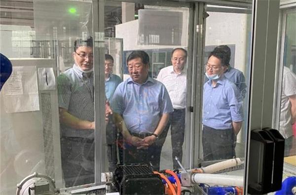 谭旭光在江苏昆山调研氢燃料电池研发示范应用情况
