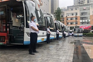 两江公交50辆宇通定制公交车将为考生提供送考服务