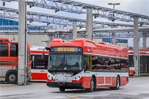 """枫叶之国再掀""""电动风潮"""" 比亚迪电动巴士正式驶入加拿大最大城市"""