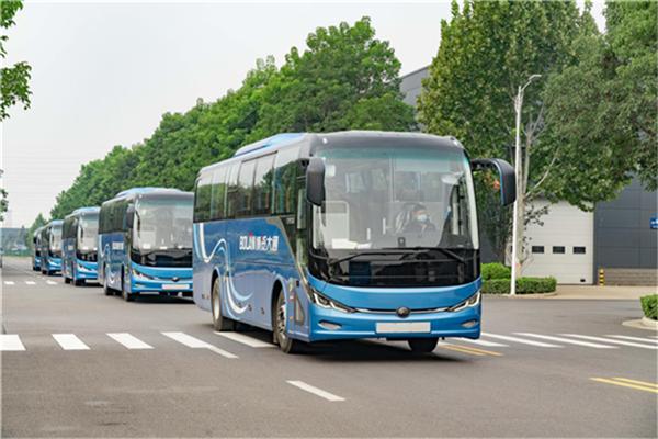 宇通新7系纯电动客车交付广州 再树旅游包车客运新标杆