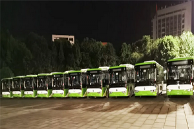 这张绿色的城市名片请收下!亚星纯电动公交再赴山城重庆