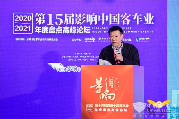 镇江公交朱店明:将关心关爱融入到公交驾驶员工作生活全过程