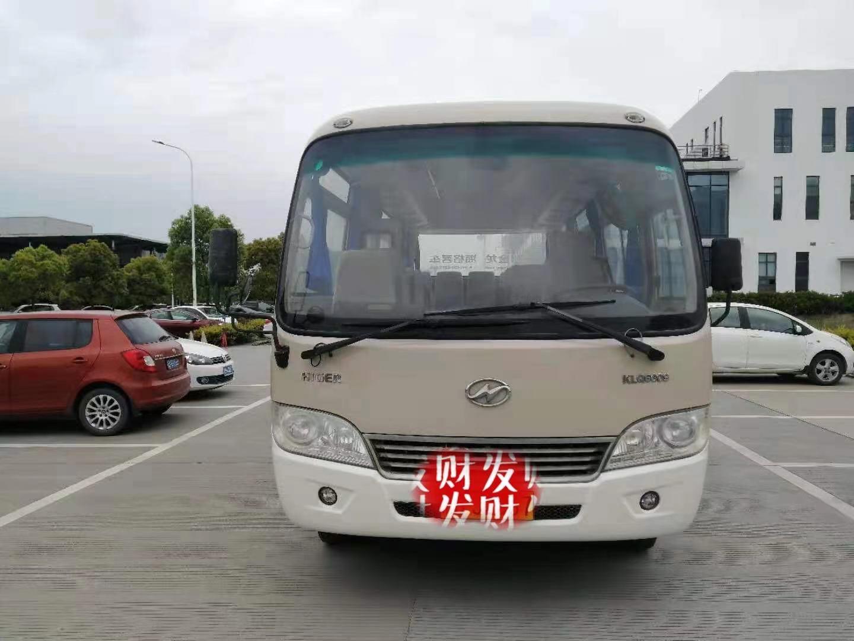 金龙19座中型客车