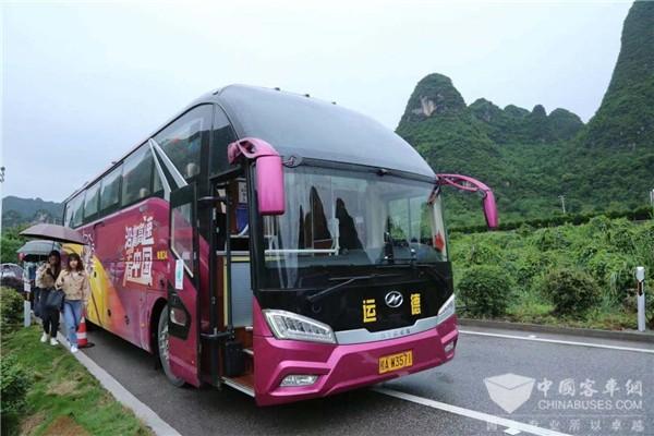 """见证广西""""全域旅游""""发展 苏州金龙海格客车带你沿着高速看中国"""