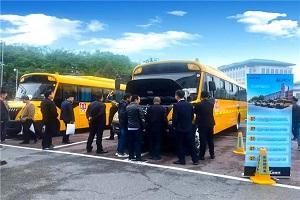 品质担当 携手共赢 福田欧辉健康校车被西安和洛阳客户点赞