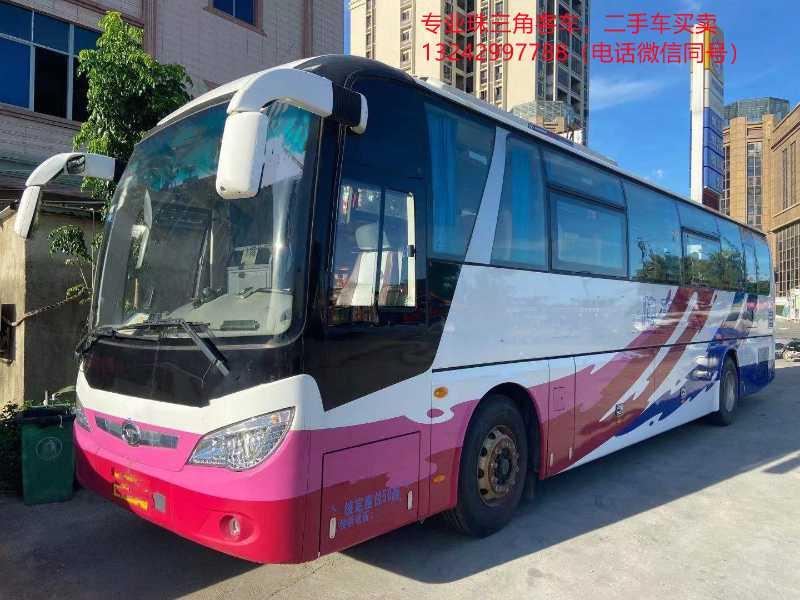 2019年3月 12米50座国五气囊中门安全门大宇6125型客车