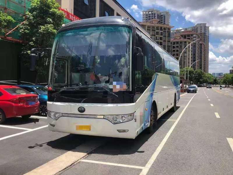 2013年7月 49座气囊中门卫生间宇通6122型客车