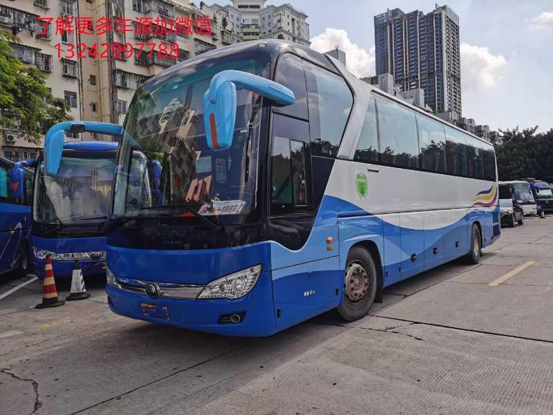 2017年6月 53座气囊中门暖气公里数极少宇通6122型客车