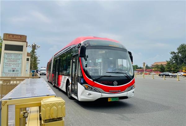 """北京公交""""大1路""""——""""长安街上的城市之舟"""""""