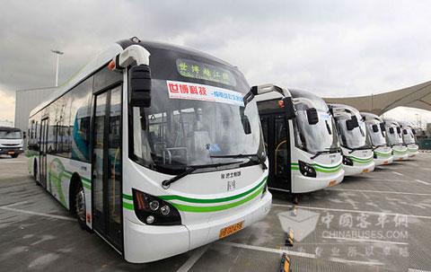 服务世博会的申沃电动公交车