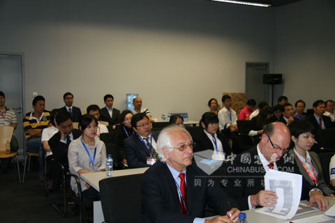 2010世界客车联盟年度大奖评审预备会议现场
