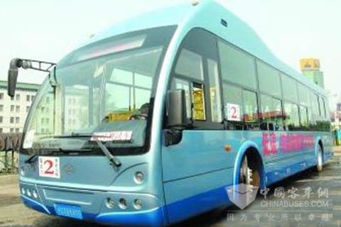 中文沂星纯电动公交客车在哈尔滨首次路测