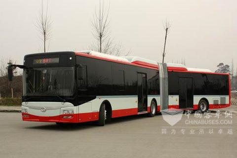 成都客车股份有限公司成功研发18米双侧开门BRT公交车