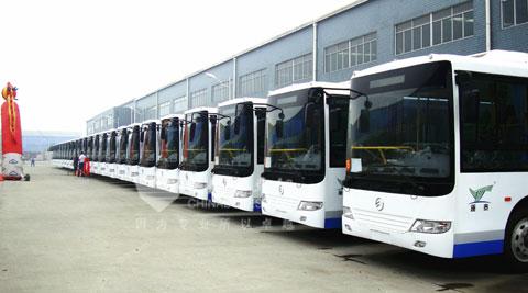 40辆XML6745J23C公交整装待发