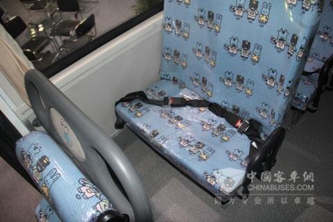 蜀都专用长头校车6900XED的软化座椅