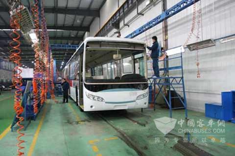 新能源汽车生产车间