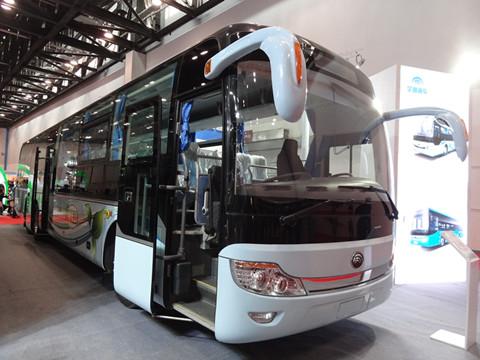 图文 宇通首款城际纯电动客车登陆新能源车展