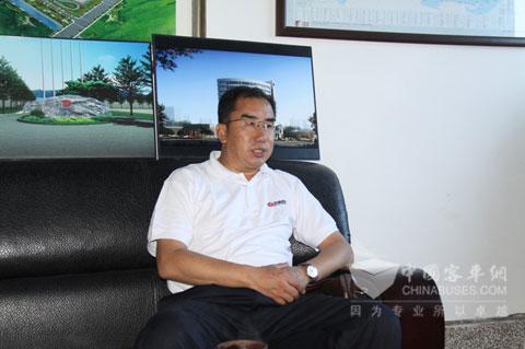 中通客车副总经理于春印接受中国客车网记者采访