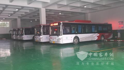 沙洲停保场是南京公交最大的公交场站,可停放公交车1000余台,充电桩