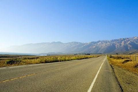 风景美不胜收,被称为世界上最美丽的一条公路.