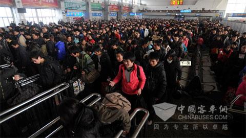 图说春运--茫茫人海-图说客车-中国客车网