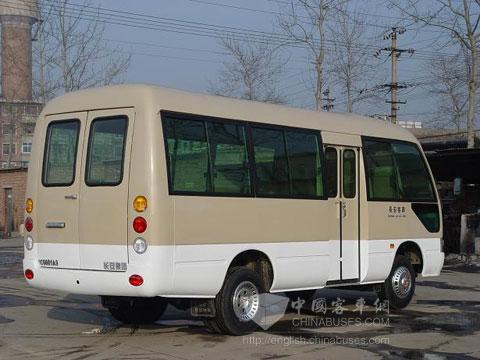 长安客车制造公司在危机中抢占海外市场高清图片