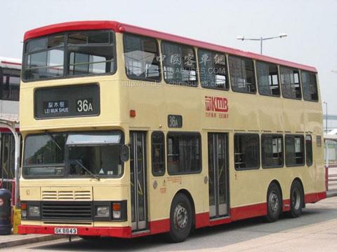 香港城市漂亮的风景线:双层巴士