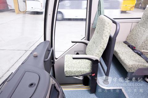 监护人员座椅