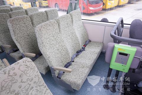儿童安全座椅(3座)