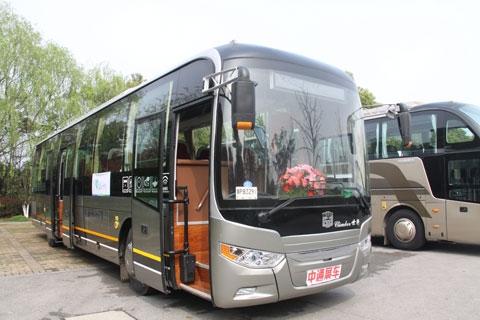 中通LCK6100HTD领秀系列定制公交