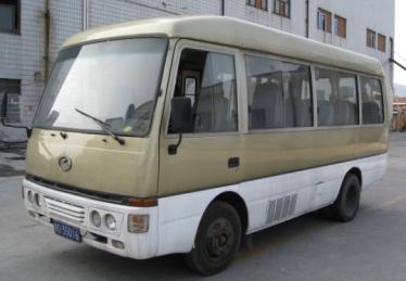 金龙19坐客车空调电路图