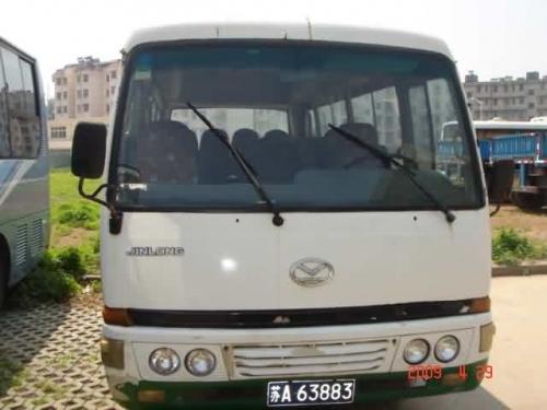 金龙中巴车