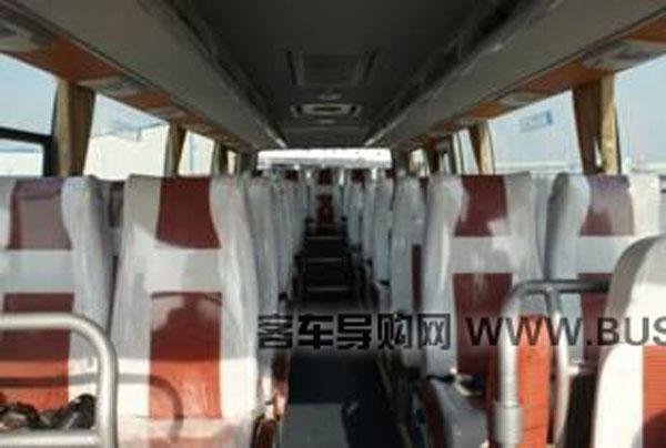 中通客车LCK6808EV纯电动内饰
