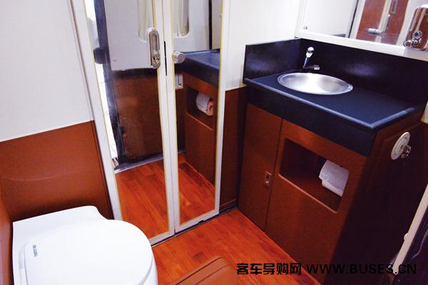 宇通ZK5049XLJ1房车