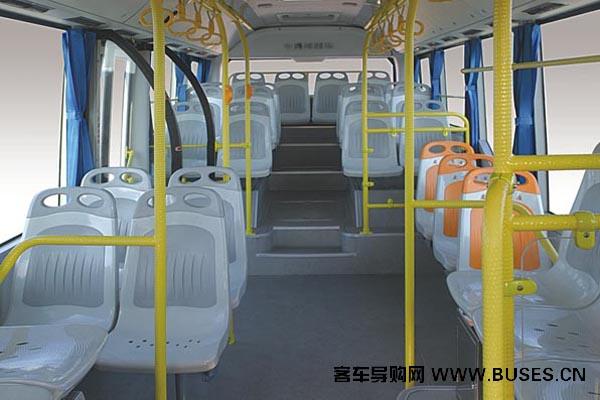 黄海客车DD6930S05公交车(柴油国四15-35座)