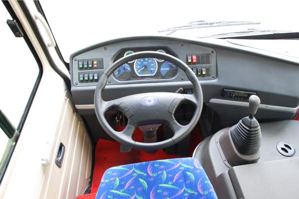 申龙SLK6720C3G客车