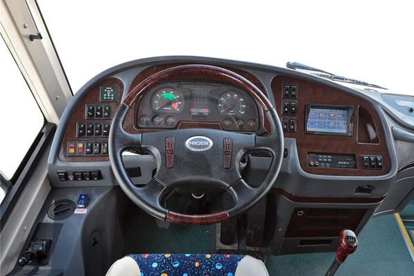 海格KLQ6115HTAE50B客车(柴油国五24-50座)