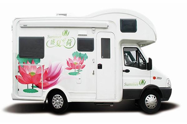 凯伦宾威ZK5045XLJ2房车(柴油国五2-6座)
