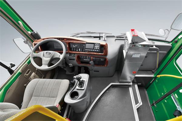 金旅XML6809JHEVD5C公交车(柴油/电混动国五10-32座)