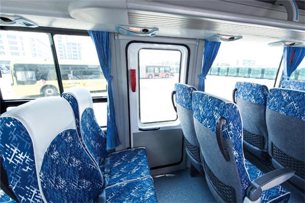 金旅XML6827JHEVD5客车(柴油/电混动国五24-35座)