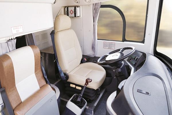 金旅XML6128J15N客车(天然气国五24-59座)