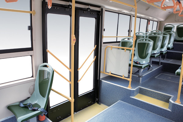 金旅XML6115J15C公交车(柴油国五20-46座)